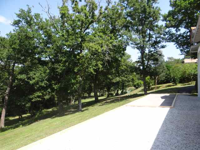 terrain de petanque de la villa
